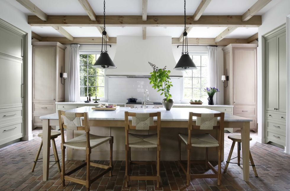 How a Sunroom Turns into a Super Functional Kitchen?