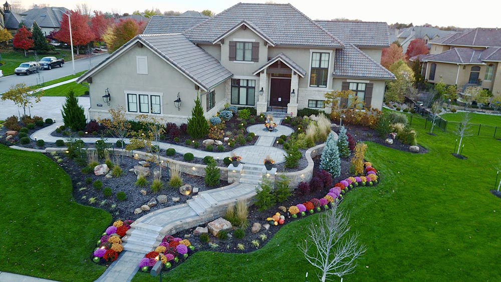 Does Landscaping Really Work for Protecting Home from Wildlife?